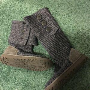 7b936ac215e UGG Shoes | Boot Size 4 | Poshmark